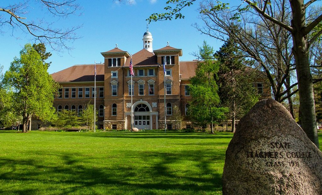 University-Wisconsin-Stevens-Point-1024x622