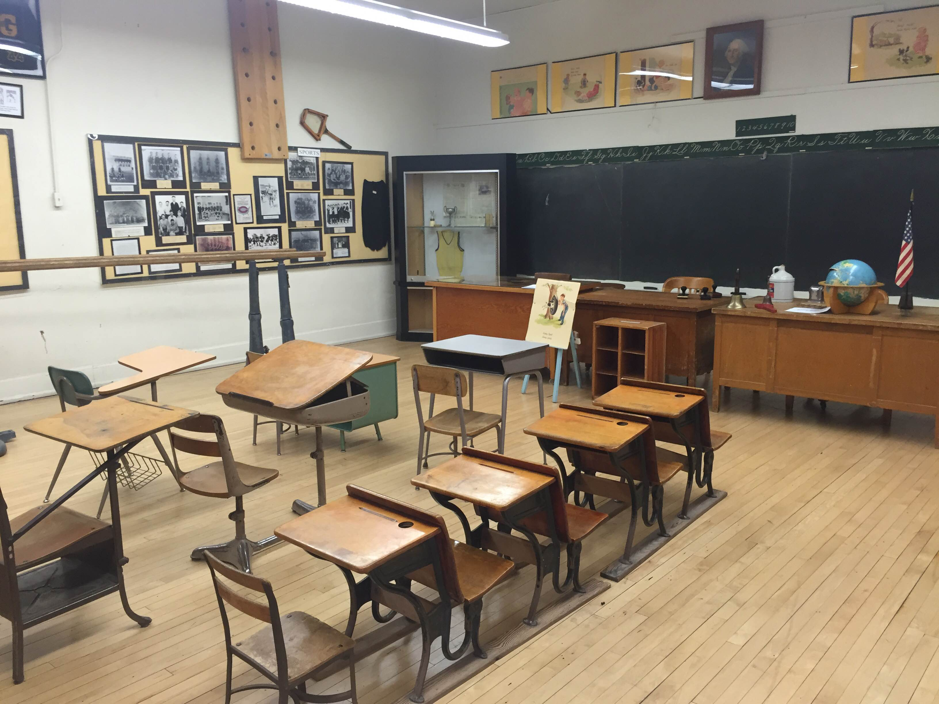 Gilbert_Historical_Museum_Classroom_Exhibit