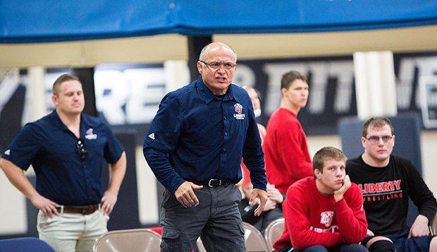 jesse-castro-wrestling-coach-liberty-20161210_0099kj